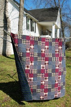 Man's quilt in flannel.  Confessions of a Fabric Addict: What's Cookin' At The Sweatshop?