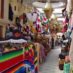 Colores de Tijuana - Tijuana, Baja California by Francisco Santos