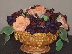 Strapec hrozna , iné ozdoby, dekorácie, fotopostupy | Tortyodmamy.sk Cake Decorating Tutorials, Clay Flowers, Gum Paste, Rubrics, Serving Bowls, Fondant, Decorative Bowls, Polymer Clay, Fruit