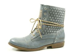 8796 Best Stiefeletten images   Boots, Shoes, Fashion