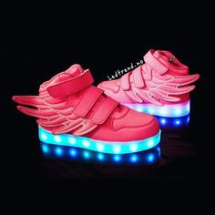 Pow pow... rosa skatter hos ledtrend...  #ledtrend #sko #rosa #rosasko #pink #pinshoes #jentemote #jentesko #jentestæsj #babysko #babyshoes