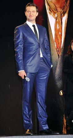 Richard Armitage The Hobbit 1 Japan Premiere ~ in his shiny suit
