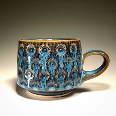 Tarot Tip Storytelling Pottery Mugs, Ceramic Pottery, Pottery Art, Clay Mugs, Pottery Techniques, Pottery Designs, Ceramic Cups, Ceramic Planters, Pottery Studio