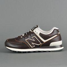 New Balance ML574, brown