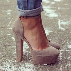 great neutral platform with wide heel; paired with casual denim
