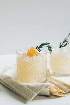 Spring Ginger Honey Switchel Vodka | Honey | Apple Cider Vinegar | Ginger | Water | Lemon Juice | Seltzer | Rosemary | Honeycomb