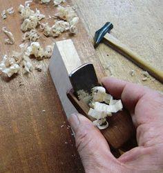 ギター製作家の視点: 自作の四方反り小鉋 Woodworking, Woodwork, Joinery, Carpentry, Woodworking Crafts, Wood Working