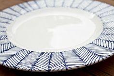 Cute herringbone pattern // pottery painting