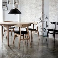 CH33 Chair by Hans Wegner
