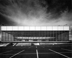 Portland Memorial Coliseum   1960   Portland, Oregon   SOM   photo © Julius Shulman