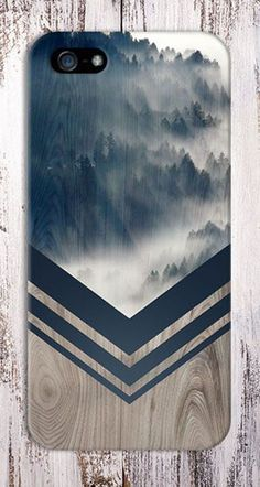 Mountain Fog Navy Blue Chevron Wood Design Case