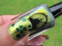 The Cat's Claws: St Patrick's Day Mani