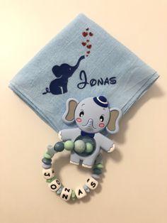 Personalisierter Beissring mit Nuscheli als Geburtsgeschenk in Blautönene Snoopy, Character, Cordial, Presents, Lettering