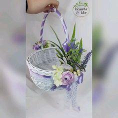 Egg Crafts, Diy Home Crafts, Easter Crafts, Homemade Gift Baskets, Diy Gift Baskets, Flower Girl Bouquet, Flower Girl Basket, Coffee Flower, Diy Easter Decorations