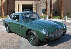 '63 Aston Martin DB4