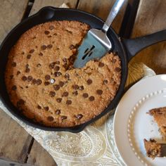 Iron Skillet Chocolate Chip Cookie {cookie recipe}