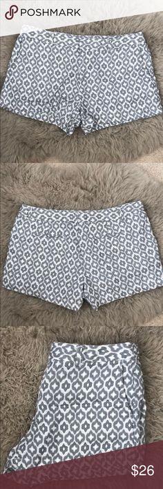 Cynthia Rowley ikat pattern linen shorts Adorable and comfy linen shorts in ikat pattern. Worn once. Button, hook and eye, and zipper closure for sleek silhouette. Cynthia Rowley Shorts