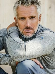 Older Male Models, Male Models Poses, Mens Hairstyles With Beard, Haircuts For Men, Best Hairstyles For Older Men, Silver Foxes Men, Handsome Older Men, Older Man, Handsome Man