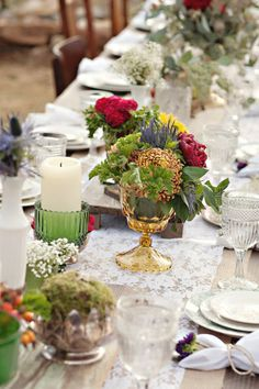 lace and burlap table