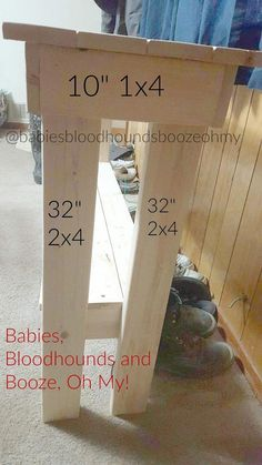 """DIY Couch Table Directions for building a 32"""" tall table for behind the couch. #woodcraftsdiy"""