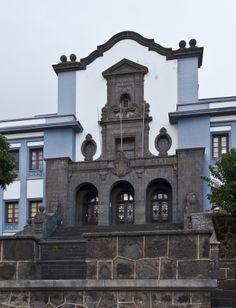 SPAIN The University of La Laguna is located in #Tenerife, the largest of the seven #Canary Islands.  It is the oldest #university in the Canary Islands. It has four #campuses: Central, Anchieta, Guajara, and Santa Cruz de Tenerife. http://www.ull.es/view/institucional/ull/Inicio/en/True