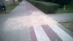 Wczoraj zauważone naprawy na Krańcowej (Kośminek). Mam nadzieje że zrobią wszystko. #lublin #rower #naprawa