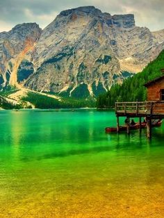 Cabana, Foto 3d, Going Off The Grid, Alpine Lake, South Tyrol, Stretched Canvas Prints, Milwaukee, Beautiful Places, Viajes