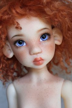 Kaye Wiggs Laryssa commision . Ears modded to human, thus making her a Hope. Faceup by Mjusi