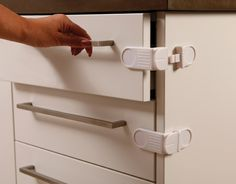 a892f5c15e05c Dreambaby Angle Lock perfect for corner appliances such as drawers