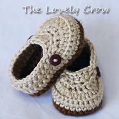 Booties Crochet Pattern for Little Mister Loafers - 4 sizes - Newborn to 12 months. by janine