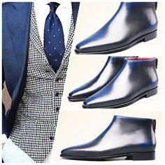 #Micquelshoes #mensboots #fashionformen #mensfashion #luxury #handmade #Goodyear #patina #boots #blue