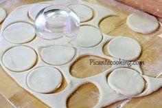 Ciasto parzone na wareniki (pierogi) i pielmienie (kołduny)