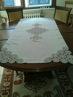This Pin was discovered by Zeh Filet Crochet, Crochet Lace, Crochet Designs, Crochet Patterns, Spool Tables, Recycled Dress, Christmas Runner, Diy Rustic Decor, Embroidery Dress
