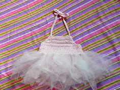 simple halter style toplink to patternadd tulle