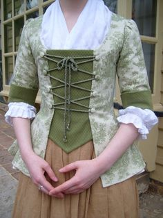 Green Colonial Jacket sz S/M Historical Costume by ModeDeLis 17th Century Clothing, 18th Century Dress, 18th Century Costume, 18th Century Fashion, Historical Costume, Historical Clothing, Grandeur Nature, Rococo Fashion, Period Outfit