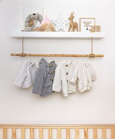 Diy with wood for the kid's room - ideas and tips baby boy room decor, Baby Room Colors, Baby Boy Room Decor, Baby Boy Rooms, Baby Boy Nurseries, Baby Room Shelves, Bois Diy, Baby Mobile, Rack Shelf, Wooden Shelves