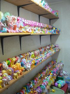 My Little Pony Room. My Little Pony Bedroom, All My Little Pony, Vintage My Little Pony, My Little Pony Collection, Mini Pony, I Luv U, Cartoon Faces, Toy Rooms, Old Things