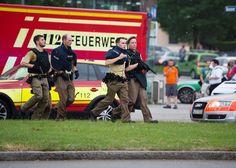 L΄ Allemagne n΄ est pas a l abri du fléau terroriste comme on l΄ a cru. Avant une heure des hommes armés ont fait éruption dans le centre commerciale Olympia de Munich tout prés de l΄ installation …