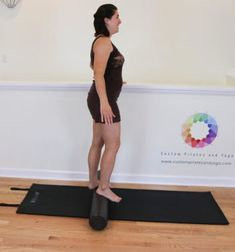 Although its true that many Pilates exercises on the foam roller challenge your balance I am not quite sure that any challenge you so intensely as Log roll on the foam roller. You Fitness, Fitness Tips, Fitness Challenges, Foam Roller Exercises, Muscles In Your Body, Balance Exercises, Muscle Body, Healthy Exercise, Pilates Workout