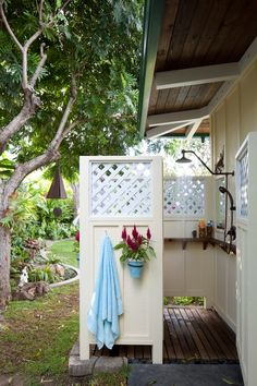 Shelf in the Outdoor shower. Outdoor shower measures roughly 6 feet x 5 feet. Decor, House Design, Outdoor Bathrooms, Outdoor Space, Outdoor Baths, Outdoor Living, Outdoor Shower, Beach Cottages, Outside Showers