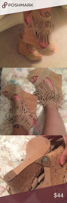 Guess wedge fringe heels shoes wedges high wow ✨✨ Beautiful fringe wedges from Guess... Size 6 ✨ will fit 5.5 also ❤️❤️ Worn twice only.. Show normal wear as you can see in pics ✨✨✨these are so pretty! No box.. Guess Shoes Wedges