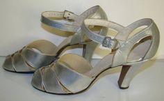 vintage gold peep toe wedding | Vintage 1940s Silver Cut out Peep Toe Sandals Shoes ... | Wedding Att ...