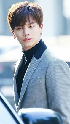 Yook Sungjae Btob 💙 Sungjae And Joy, Sungjae Btob, Im Hyunsik, Minhyuk, Yook Sungjae Goblin, Yongin, K Pop, Most Handsome Korean Actors, South Corea