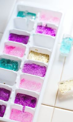 Glitter ice cubes for Christmas, New Year and my birthday. You don't have to celebrate my birthday but you should try out these glitter ice cubes from A Subtle Revelry.