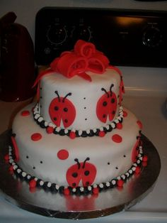 Ladybug 2-tier Cake w/Bow on top