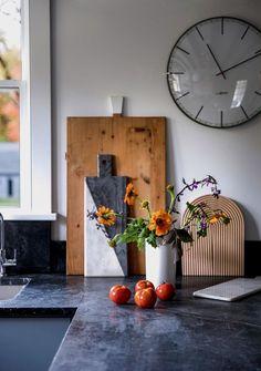 hudson valley kitchen dunja von stoddard detail flowers