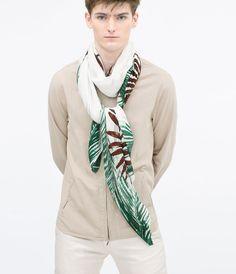 @zaraofficial Leaf print scarf ($40)