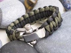 Khaki Green & Black Paracord Bracelet