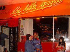 #LaBelleEpoque #LaBellaEpoca se inagura en el 2002 Dj´s como PaxPaz, Muu Blanco, se ensamblaron bandas de Música Africa, dixieland, el mejor Jazz + Blues+ Reggae+ Rock+Salsa+HipHop sonaron, Bandas Nacionales q hoy representan la escena del pais. Toda la Fauna Caraqueña desfilo en #LaBellaEpoca desde el mas Hippie al mas encorbatado.-