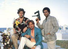 Glenn Frey, Don Johnson and Phillip Michael Thomas on Miami Vice Don Johnson, Division Miami, Vice Tv Show, Detective, Nash Bridges, Glen Frey, Jerry Maguire, Randy Meisner, Neon Noir